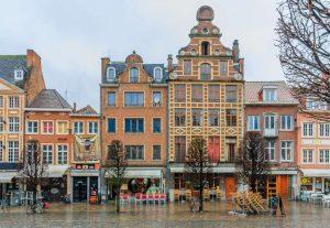 Oude Markt - Leuven - Bélgica - Capital da cerveja belga
