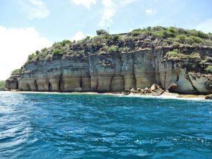 Cavernas em Barbuda - Ilhas paradisíacas no Caribe