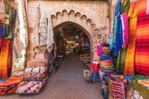 Mercado na praça Jamaa el Fna - Cidade velha de Marrakesh - Marrocos - Cinco destinos fascinantes